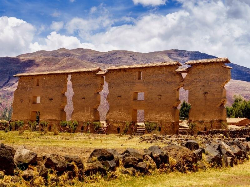 inca temple of raqchi by eco path trek