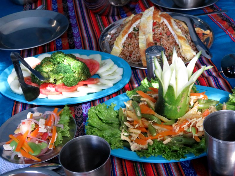 lunch on inca trail by andean path trek